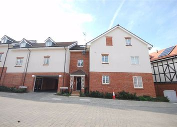 Thumbnail 2 bed flat for sale in Grange Road, Chalfont St. Peter, Gerrards Cross