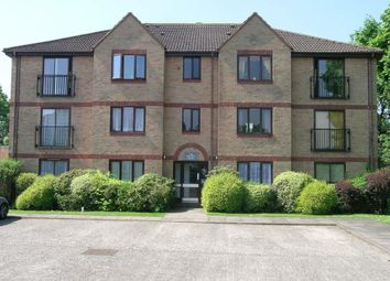 Thumbnail 2 bed flat to rent in Beale Street, Dunstable