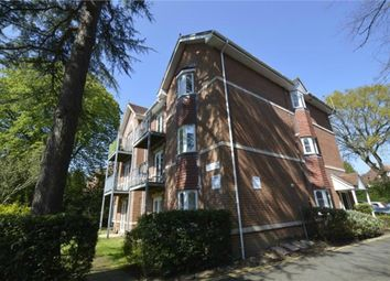 2 bed flat to rent in Wellington Road, Bournemouth, Dorset BH8