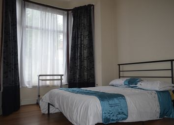 Thumbnail Room to rent in Cambridge Road, Seven Kings, Ilford, Ilford
