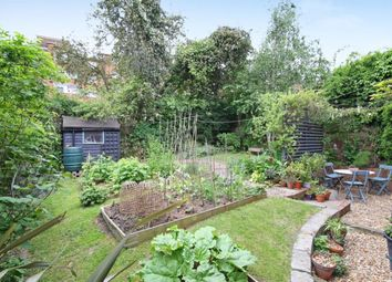 Thumbnail 2 bed flat for sale in Dylways, Camberwell, London