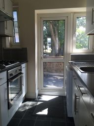 Thumbnail 2 bed flat to rent in High Street, Beckenham