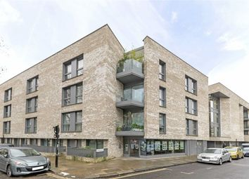 Thumbnail 2 bed flat for sale in Balmore Street, London
