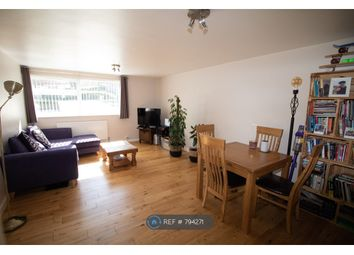 2 bed flat to rent in Beech Drive, Berkhamsted HP4