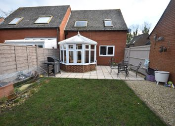 Thumbnail Semi-detached house for sale in Bosleys Orchard, Didcot
