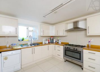 Thumbnail 6 bed terraced house to rent in Plashet Road, Stratford
