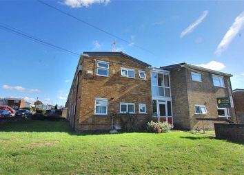 Thumbnail 1 bed flat to rent in Angle Ways, Stevenage, Herts