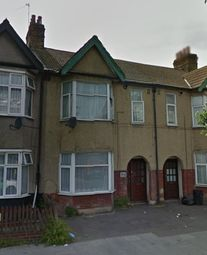 Thumbnail 1 bed flat to rent in 1 Bedroom First Floor Flat, Ilford Lane
