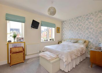 2 bed end terrace house for sale in Woodstock Place, Haywards Heath, West Sussex RH16