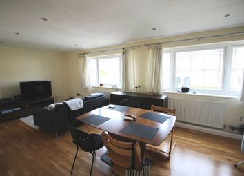 Thumbnail 2 bed flat to rent in Lincoln Road, East Finchley