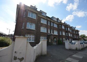 Thumbnail 3 bedroom flat to rent in Wykeham Road, London