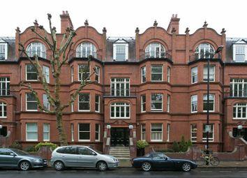 Thumbnail 3 bedroom flat to rent in Morshead Road, London