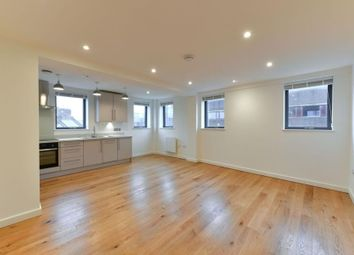 1 bed flat to rent in The Broadway, Woking GU21