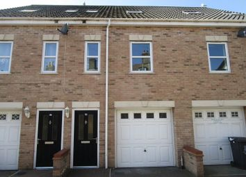 Thumbnail 3 bed town house to rent in Back Chapel Lane, Gorleston, Great Yarmouth