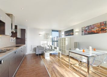 Thumbnail 2 bed flat to rent in Proton Tower, Blackwall Way, Canary Wharf