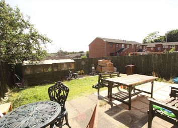 Thumbnail 6 bed end terrace house for sale in Holmsley Walk, Woodlesford, West Yorkshire