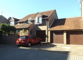 Thumbnail 3 bed property to rent in Dukes Yard, Steyning