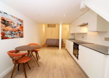 Thumbnail 1 bed flat to rent in Furnished Apartment, Albion House