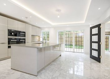 Thumbnail 5 bed detached house to rent in Chandos Way, Hampstead Garden Suburb