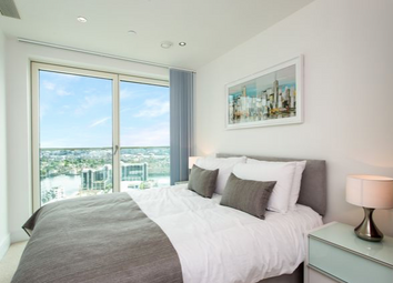 Thumbnail 2 bed flat to rent in Duckman Tower, Lincoln Plaza, Canary Wharf, London