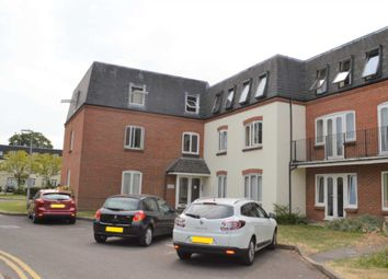 Thumbnail 1 bed flat to rent in Victoria Gardens, Newbury