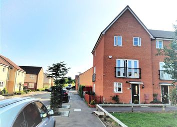 Thumbnail 3 bed property to rent in Vauxhall Way, Dunstable