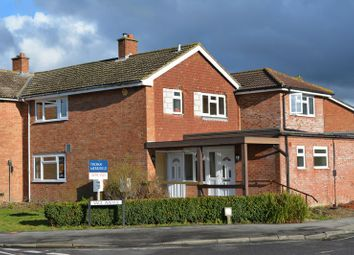 Thumbnail 3 bedroom flat for sale in Vale Avenue, Grove, Wantage