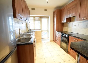 Thumbnail 2 bed flat to rent in Brent Street, Hendon, London