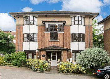 Thumbnail 1 bed flat to rent in Halley Gardens, Hither Green