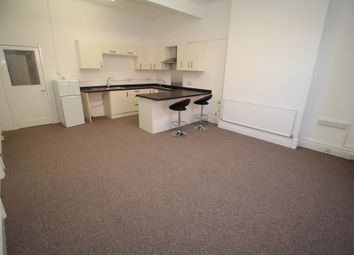 Thumbnail 2 bed flat to rent in St. Catherines Road, Grantham
