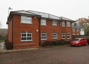 Thumbnail 2 bed flat to rent in Oakwood House, Wokingham Road, Reading