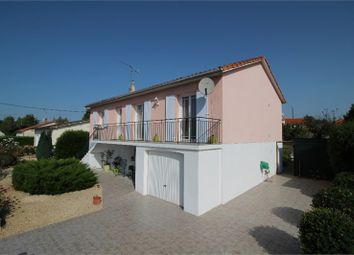 Thumbnail 4 bed detached house for sale in Poitou-Charentes, Deux-Sèvres, Saint Maixent L'ecole