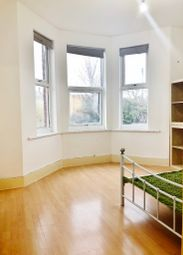 1 bed flat to rent in Devonshire Road, Palmers Green N13