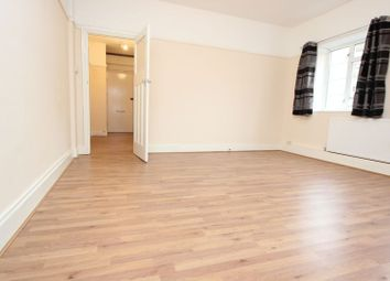 Thumbnail 1 bed flat to rent in Dover Court, Greenwich