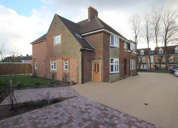 Thumbnail 1 bed flat to rent in Brighton Road, Banstead