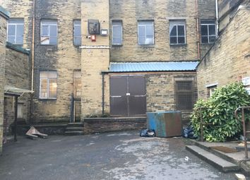 Thumbnail Warehouse to let in Beckside Lane, Bradford