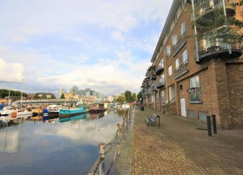 Thumbnail 2 bed flat for sale in Rainbow Quay, Surrey Quays