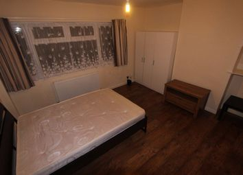 Thumbnail Room to rent in Lee View, Enfield