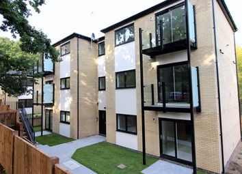 Thumbnail 2 bed flat for sale in 15 Sandridge Park, St Albans