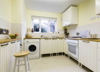 Thumbnail 2 bed flat for sale in Ramslye Road, Tunbridge Wells