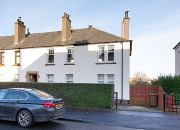3 bed flat to rent in Barnes Avenue, Coldside, Dundee DD4