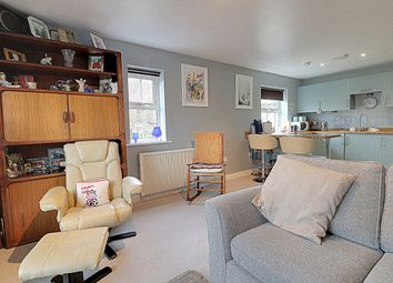 Thumbnail 2 bed flat for sale in Winding Rise, Bailiff Bridge, Brighouse