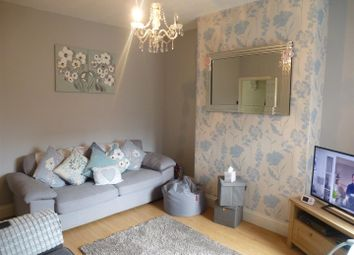 Thumbnail 2 bed property to rent in Bond Street, Northwich