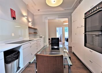 Thumbnail 2 bed flat to rent in Oakley Square, London