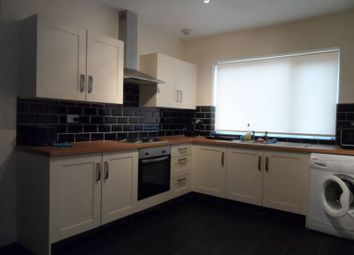 Thumbnail 5 bed shared accommodation to rent in Clarence Avenue, Balby