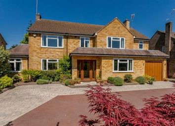 Thumbnail 6 bed property for sale in Westfield Close, Dorridge, Solihull