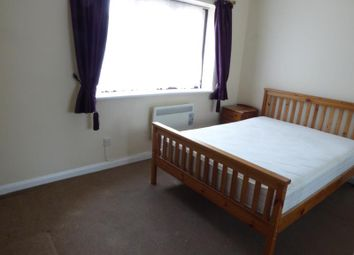 Thumbnail 1 bed flat to rent in Edgell Road, Staines