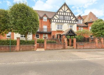 Thumbnail 1 bed flat to rent in London Road, Sunningdale