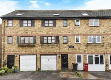 Thumbnail Terraced house for sale in The Crescent, Slough, Berks