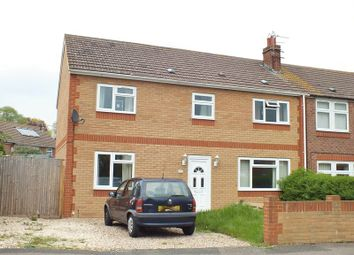 Thumbnail 5 bedroom semi-detached house for sale in Queens Avenue, Kidlington